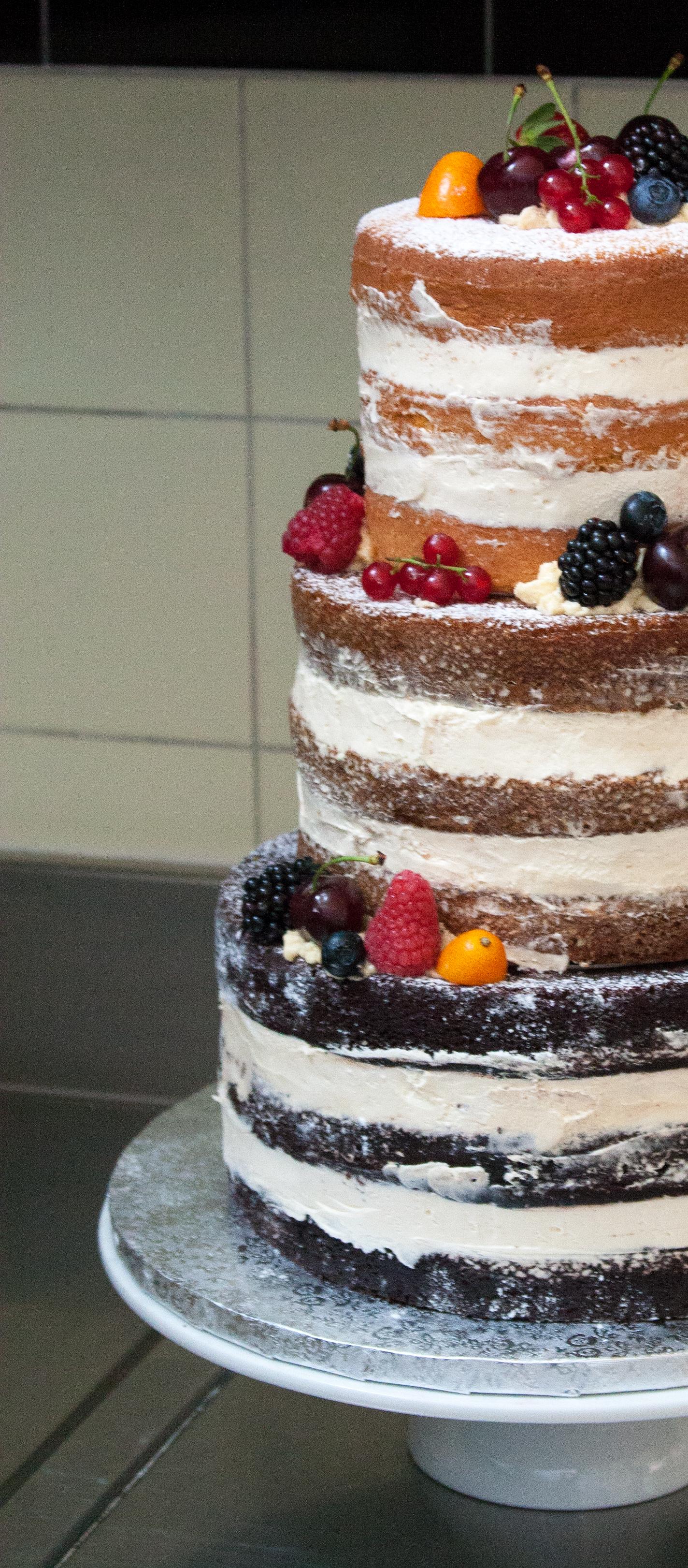naked cake cropped